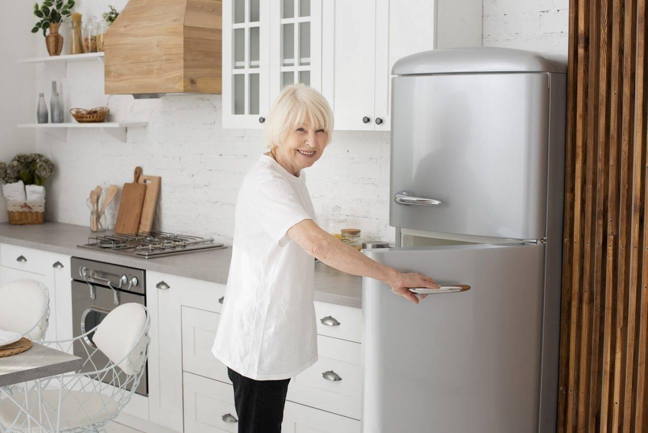 jak często i czym skutecznie myć lodówkę